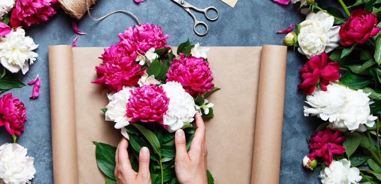 新鮮な旬の花を市場から直送